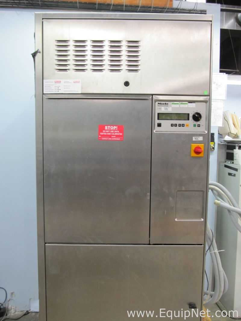 Miele G7825 Puerta desplegable simple Capacidad media Lavadora de cristalería de laboratorio Esterilizador