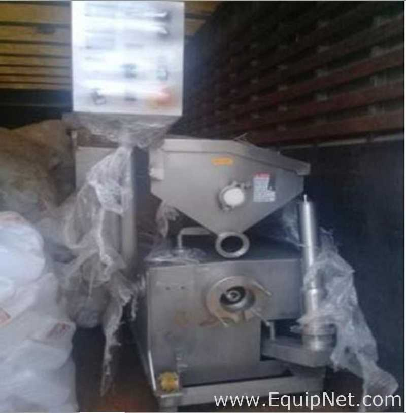 Fruit Mixer and Dosifier Machine