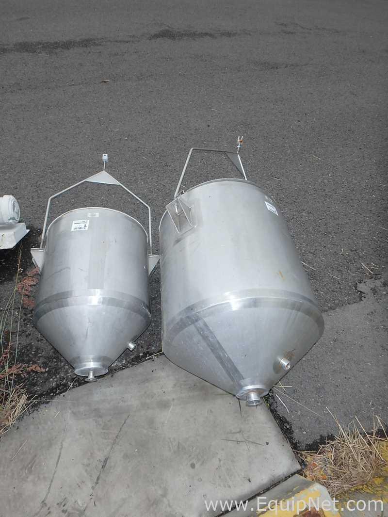 Lote de 2 tolvas de acero inoxidable para productos de diferente capacidad