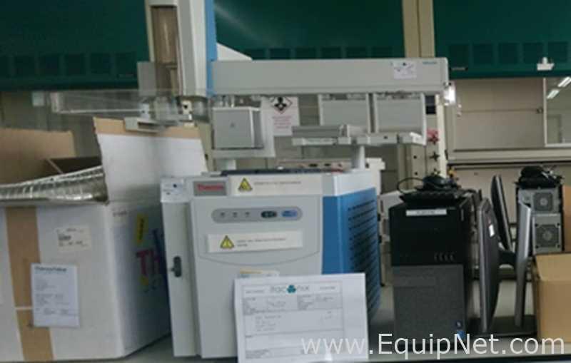 Cromatógrafo de gases Thermo Scientific Trace 1300