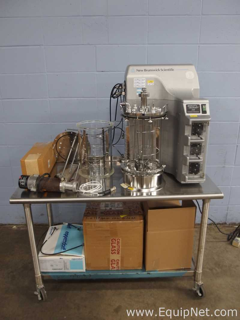 New Brunswick Scientific Bioflo 310 Fermentor/Bioreactor with 10L Vessel
