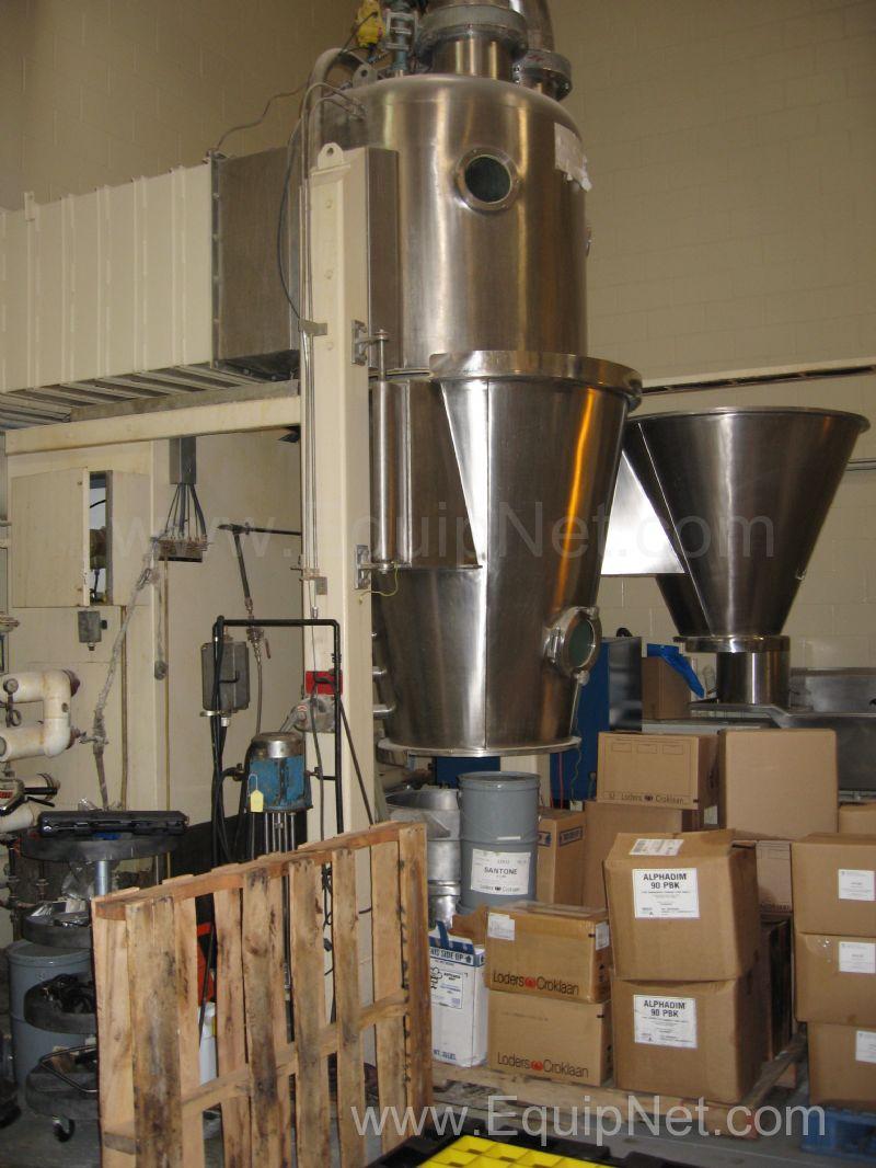 Glatt GPCG Secador de lecho fluido 30 / 60 con pulverizador superior y 18 inch Wurster
