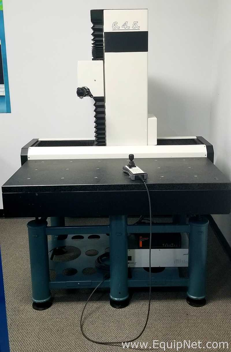 Accurate 6.4.5 Coordinate Measuring Machine Shop Floor