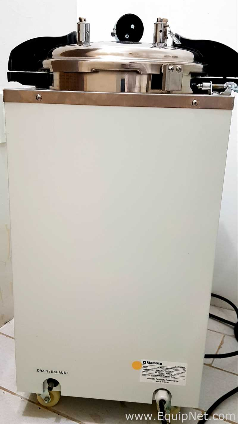 Yamato Scientific SK200C Autoclave Vertical