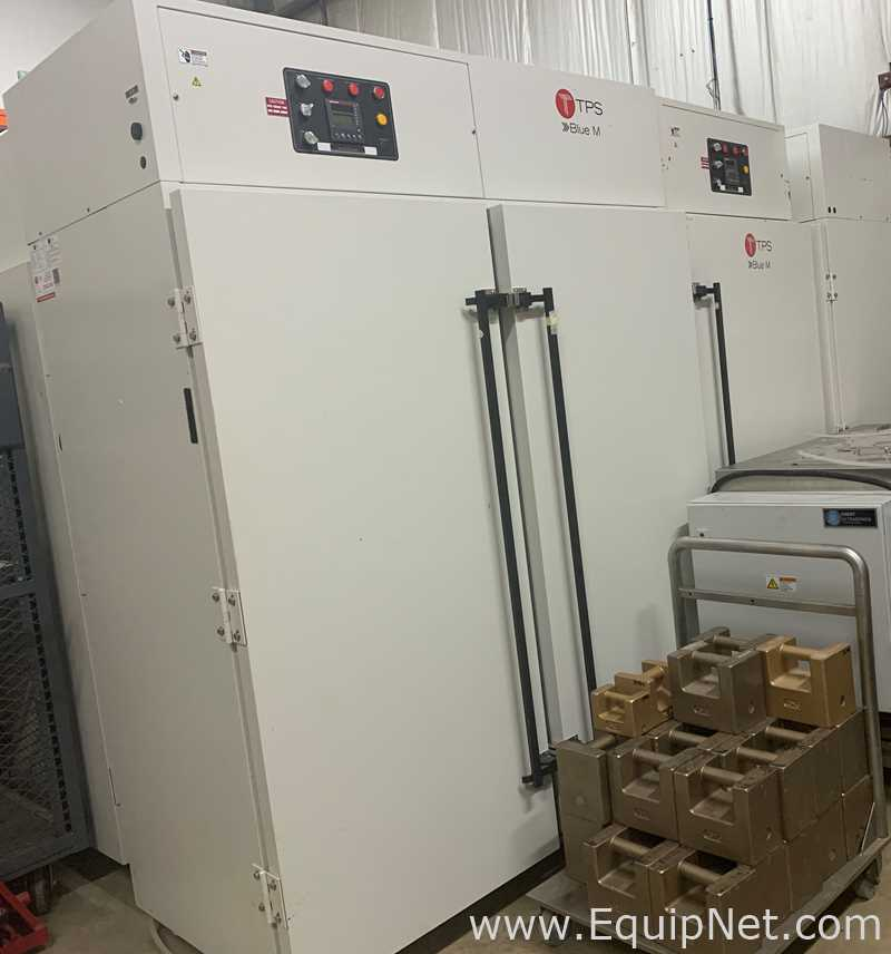 TPS Thermal Product Solutions Blue M 2 Door Climate Chamber Model CEO958 4