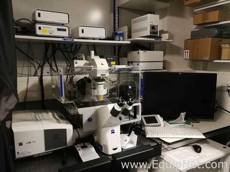 Equipamento de laboratório de alta qualidade de uma unidade de P&D em San Diego